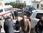 بالصور.. وزير السياحة يصل مستشفى النيل لزيارة السياح المصابين بالغردقة