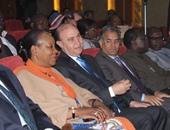 مهاب مميش يعرض لـ رئيسة أفريقيا الوسطى فيلما تسجيليا عن قناة السويس