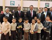 """""""بتروناس"""" تقدم المساعدات لعدد من الطلاب غير القادرين بالقاهرة"""