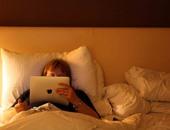 لو بيستخدم آيباد أو أيفون.. كيف تحمى طفلك من المحتوى الضار؟
