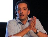 القبض على مدون وسينمائية يثير انقسام الشارع التونسى