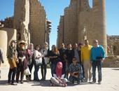 أبناء الجاليات المصرية يزورون معالم الأقصر التاريخية