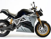 شركة إيطالية تطور دراجة نارية كهربائية يمكنها السير حتى 200 كم