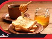 ملعقة عسل مع كوب عصير لحماية ابنك من نقص السكر فى الدم