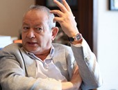"""ساويرس: مى محمود فصلت من الحزب """"وحرة فى الانضمام لدعم أو فشكلة الدولة"""""""