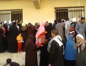 طوابير المرضى أمام صيدلية مستشفى الحسينية بالشرقية لصرف العلاج