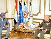 وزير الدفاع يلتقى نظيره الكندى لبحث جهود مكافحة الإرهاب فى الشرق الأوسط