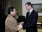 بالصور.. لقاءات سمير القنطار بالأسد وأحمدى نجاد وحسن نصرالله