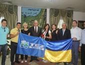 بالصور..محافظ جنوب سيناء يجري لقاءات تليفزيونية مع محطات أوكرانية