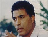 العباس السكرى يكتب: لماذا طلب أحمد زكى تصويره على فراش المرض قبل وفاته؟