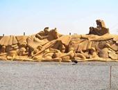 """بالصور.. متحف الرمال بالغردقة يجسد حضارات العالم.. تماثيل لـ""""محمد الفاتح"""" و""""نابليون بونابرت"""" والأسطورة الهندية والأهرامات وأبو الهول وسبايدرمان.. شيده 42 نحاتا من 17 دولة.. واستهلك 12 ألف طن رمال"""