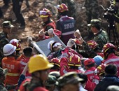 مصرع شخصين وفقدان 4 آخرين فى انهيار أرضى جنوبى الصين