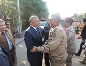مدير أمن الغربية يستعرض خطط تأمين أعياد الكريسماس مع قائد المنطقة العسكرية