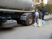 استجابة لصحافة المواطن.. مياه شرب الجيزة توفر سيارات مياه للطوابق متواجدة 15ساعة