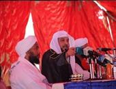 بالصور.. محمد العريفى يزور السودان ويحاضر فى جامعة البحر الأحمر