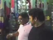 """بالفيديو.. حميد الشاعرى يتجول فى شارع المعز معلقا: """"أجمل جو وأروع ناس"""""""