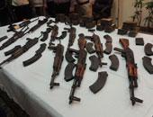 ضبط عاطلين بأسلحة نارية غير مرخصة وذخيرة بحملة أمنية بقليوب والخانكة