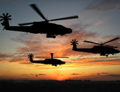 طائرات الأباتشى تدمر مركبات ومخازن أسلحة وتدك البؤر الإرهابية بسيناء