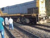السكة الحديد تعلن انتظام حركة قطارات الصعيد بعد رفع القطار الخارج عن القضبان بقنا