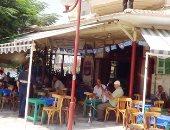 يوسف القاضى يكتب: المقاهى والشاشات العملاقة وراحة الأهالى والطلاب