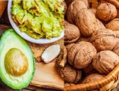 4 أطعمة تجعلك تقاوم العدوى.. الأفوكادو والمكسرات