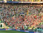 """شاهد.. جماهير سيلتك تتحدى """"يويفا"""" برفع علم فلسطين فى لقاء فريق إسرائيلى"""