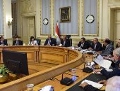 الحكومة توافق على قانونى بناء وترميم الكنائس والقومى لحقوق الإنسان