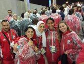 بالصور.. البعثة المصرية بالأولمبياد ترتدى معاطف بلاستيك بسبب الأمطار