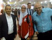 بالصور.. هداية ملاك بطلة الألمبياد تصل مطار القاهرة وسط استقبال حافل