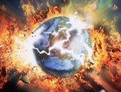 """ديلى ميل: قادة العالم """"يرشون"""" مواد كيميائية بالسماء لإخفاء كوكب X المدمر"""