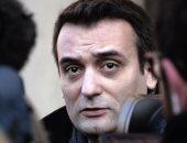 نائب لوبان يصوت فى الجولة الثانية من انتخابات الرئاسة الفرنسية