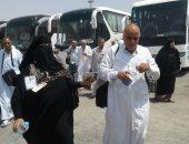 رئيس بعثة الحج يتابع عمليات تصعيد حجاج مصر وتوافدهم على مخيمات عرفات