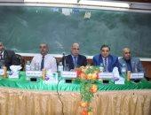 """بالصور.. رئيس جامعة كفرالشيخ يشهد الملتقى التوظيفى الخامس لـ""""الطب البيطرى"""""""
