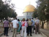 مستوطنون يعتدون بوحشية على شاب مقدسى عند باب السلسلة بالمسجد الأقصى