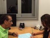 """السبكى ينشر فيديو تعاقد الفنانة ياسمين صبرى لفيلم """"هبوط إضطرارى"""""""