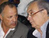 أبو ريدة يقطع رحلته إلى كولومبيا للحاق بعزاء سمير زاهر
