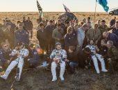 """بعد 172 يومًا فى الفضاء.. أعضاء المركب """"سويوز"""" الدولية يهبطون إلى الأرض"""