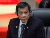الرئيس الفلبينى يقول إنه لا يقطع العلاقات مع أمريكا