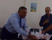 بالفيديو.. صرف الجرعة الثالثة من السوفالدى لمرضى الكبد فى شمال سيناء