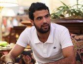 """أحمد جعفر يعتذر لطارق يحيى ويداعبه: أنا هلعب """"عافية أو ذوق"""""""