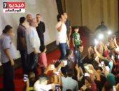 """بالفيديو ..الرداد يفاجئ جمهوره بالرقص فى العرض الخاص بـ""""علشان خارجين"""""""