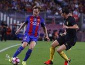 رسميًا.. برشلونة يجدد عقد راكيتيتش حتى 2021