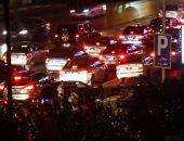 توقف حركة المرور أعلى محور 26 يوليو بسبب تصادم عدة سيارات