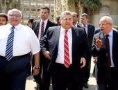 وزير التعليم العالى يتفقد جامعة عين شمس فى أول أيام العام الدراسى الجديد