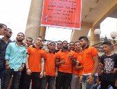 بالصور.. جامعة عين شمس تتزين بالبانرات والأعلام قبيل وصول وزير التعليم العالى