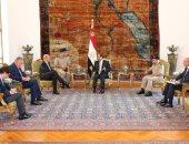 السيسي لوزير دفاع فرنسا: نرحب بالشراكة الاستراتيجية بين القاهرة وباريس