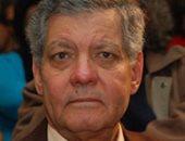 """إبراهيم أبو سنة يطالب """"التعليم"""" بالاستعانة بالمثقفين لوضع المناهج التعليمية"""