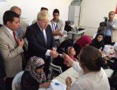 بالصور.. وزير خارجية بريطانيا يزور مخيمات اللاجئين السوريين فى تركيا