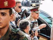 بالصور.. وصول الفريق صدقى صبحى إلى ضريح جمال عبد الناصر لإحياء الذكرى 46 على رحيله