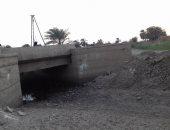 """بالصور.. جفاف ترعة الرى فى """"التحرير"""" بالمنيا تهدد الأراضى الزراعية بالبوار"""